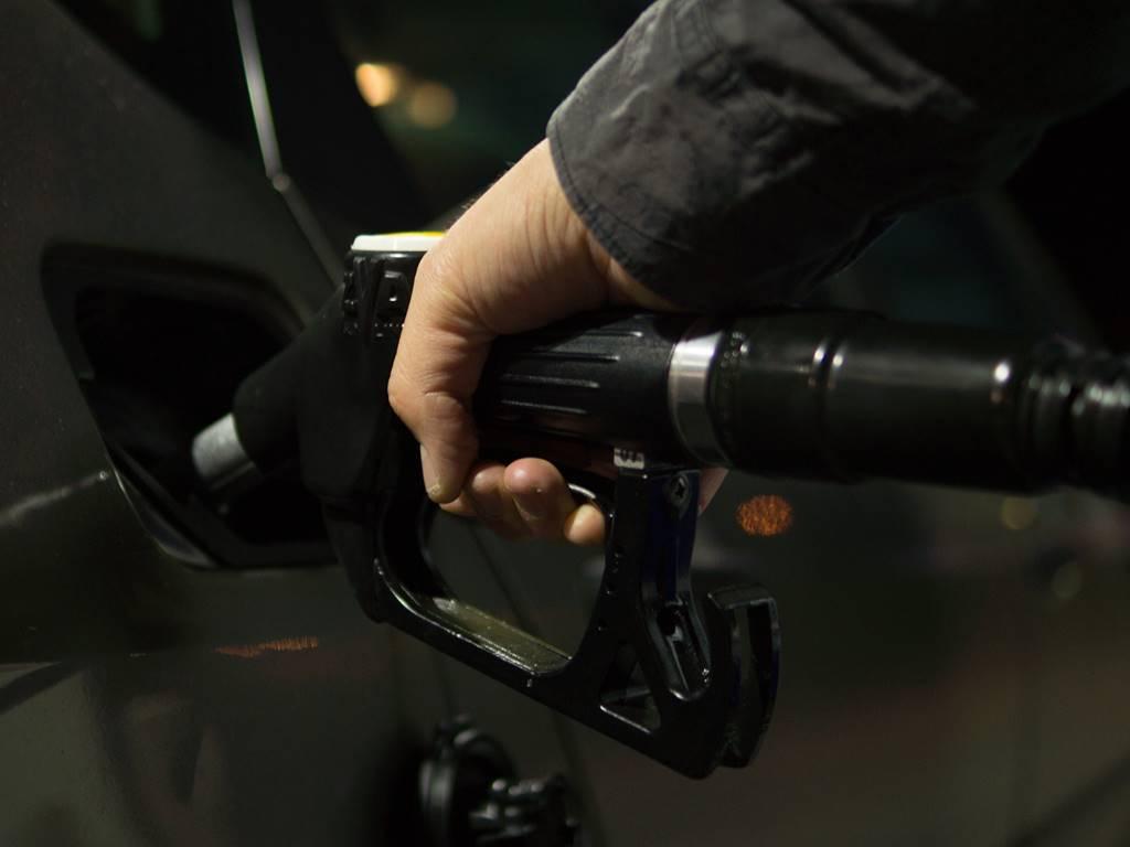 como se roban la gasolina 3.jpg